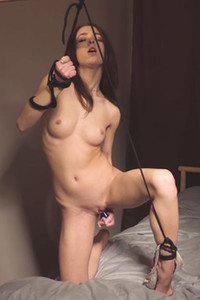 Model Nata in Tied To Come 2